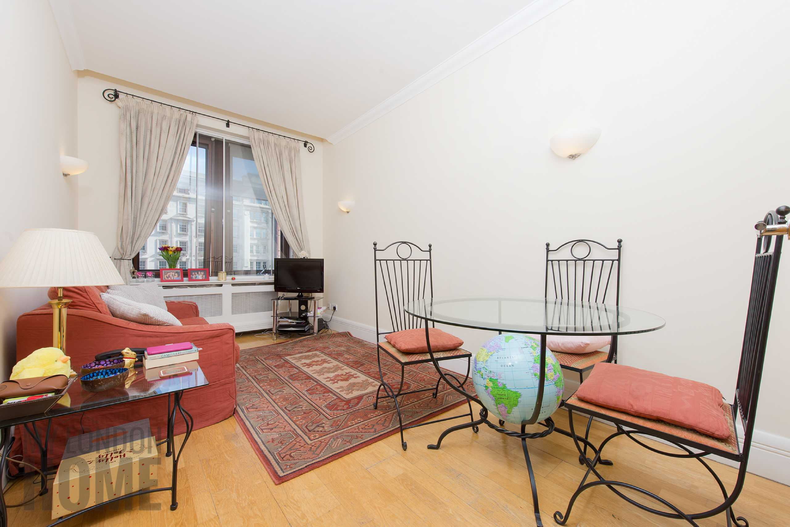 1 Bedroom Apartment Flat for sale in Whitehouse Apartments, 9 Belvedere Road, London, SE1