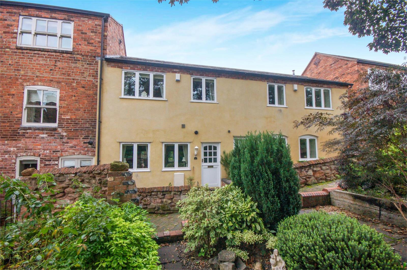 2 Bedrooms Terraced House for sale in 6 The Shambles, Bridgnorth, Shropshire, WV16