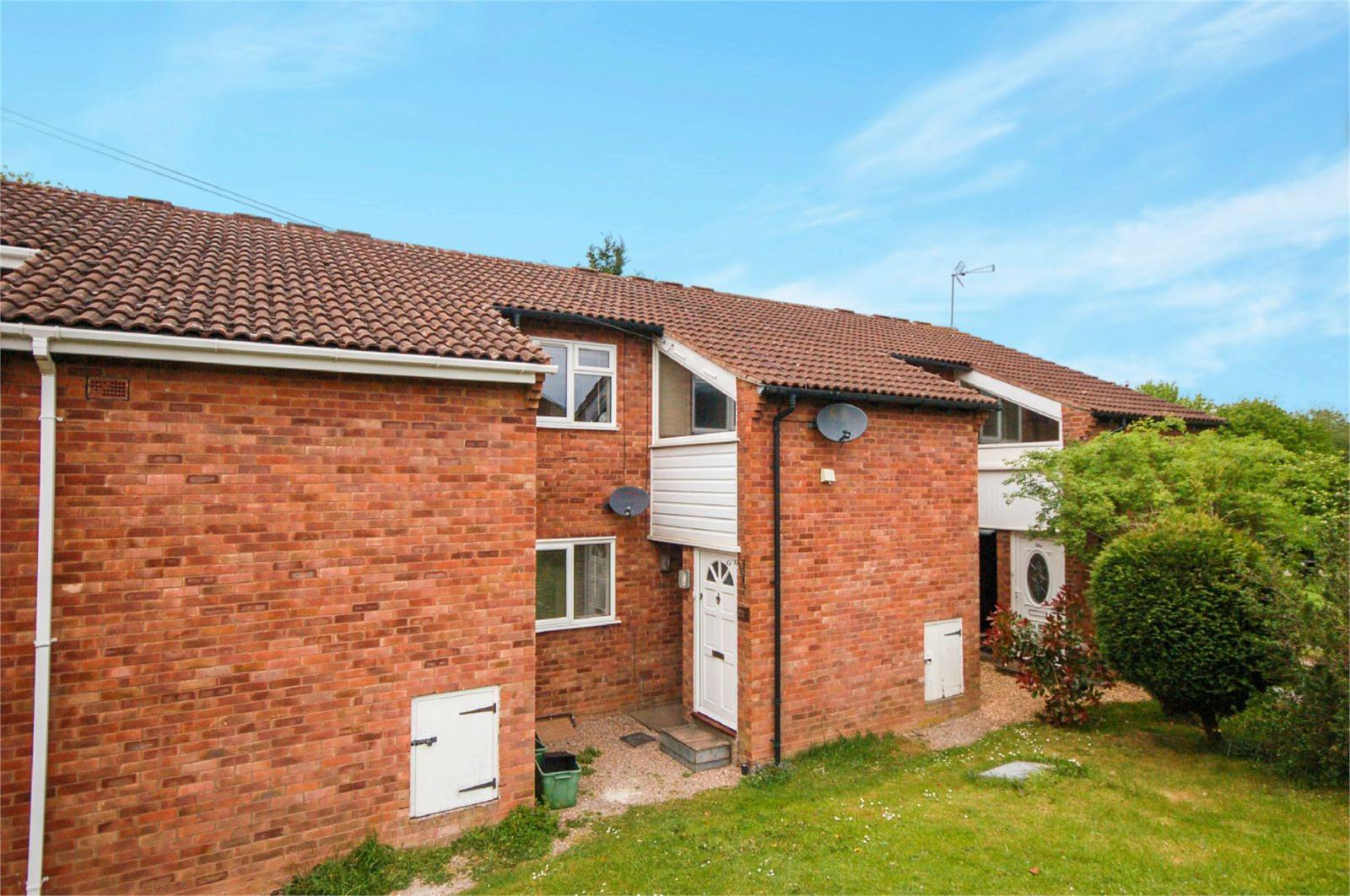 1 Bedroom Flat for sale in 26a Hook Farm Road, Bridgnorth, Shropshire, WV16