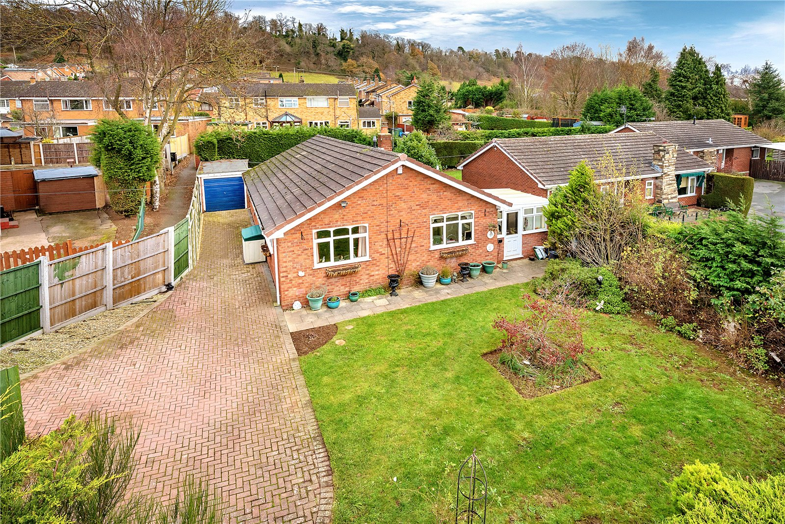 2 Bedrooms Detached Bungalow for sale in 67 Queens Road, Bridgnorth, Shropshire, WV15