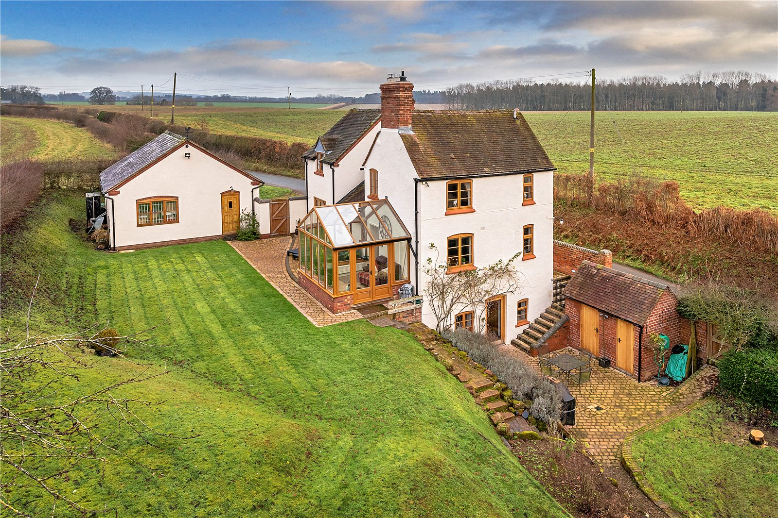 3 Bedrooms Detached House for sale in Lavender Cottage, Hinnington, Shifnal, Shropshire, TF11