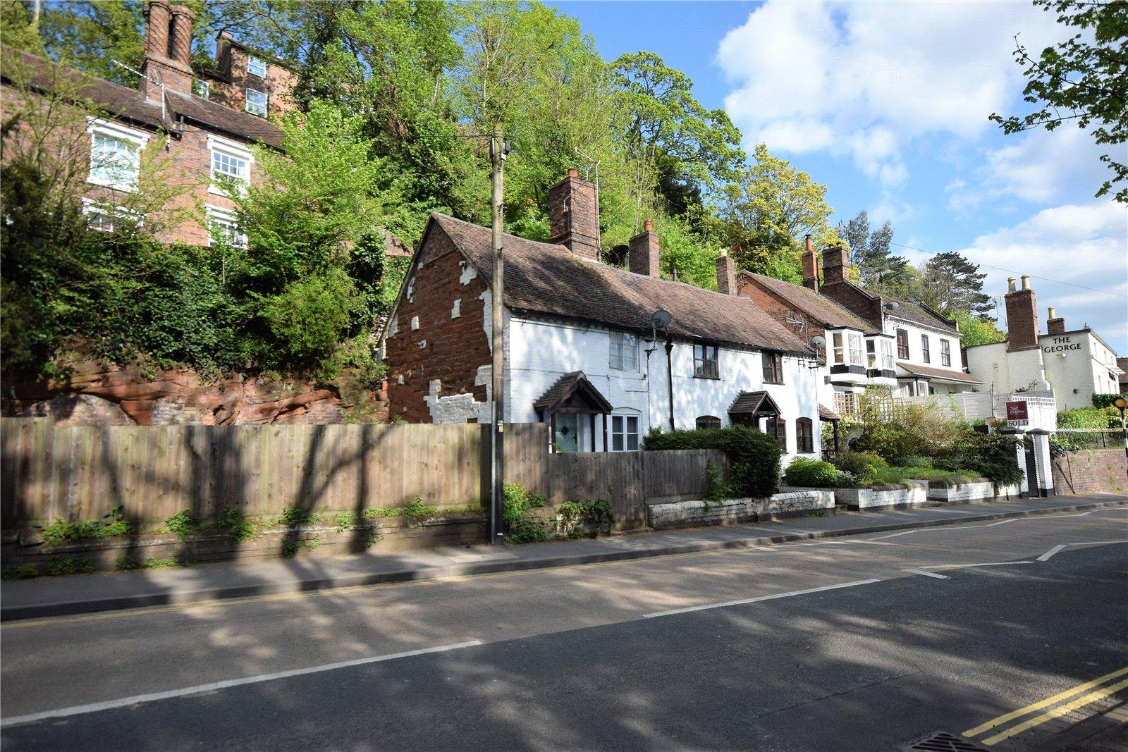 16 Hollybush Road, Shropshire, WV16