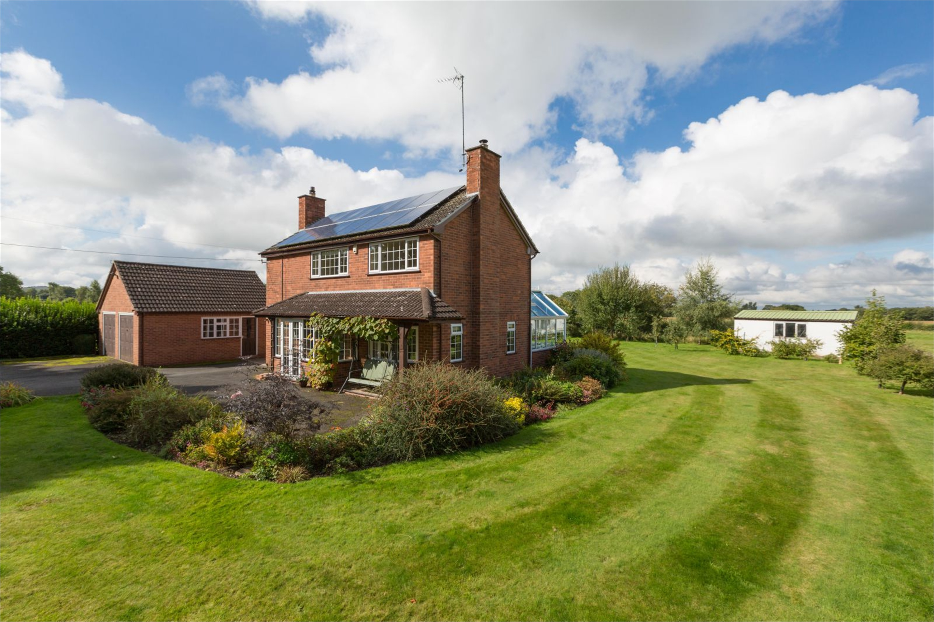 3 Bedrooms Detached House for sale in Riva House, Mill Green, Hinstock, Shropshire, TF9