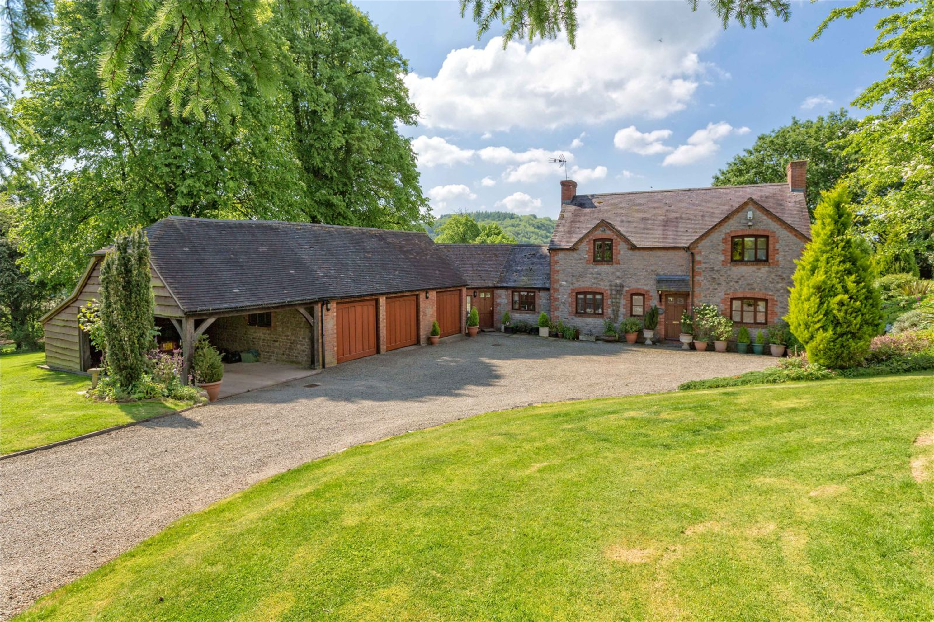 4 Bedrooms Detached House for sale in The Pheasantry, Nr Much Wenlock, Shropshire, TF13