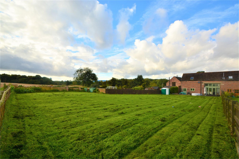 3 Bedrooms Barn Conversion Character Property for sale in The Hayloft, Blythbury Farm Barns, Shifnal, Shropshire, TF11