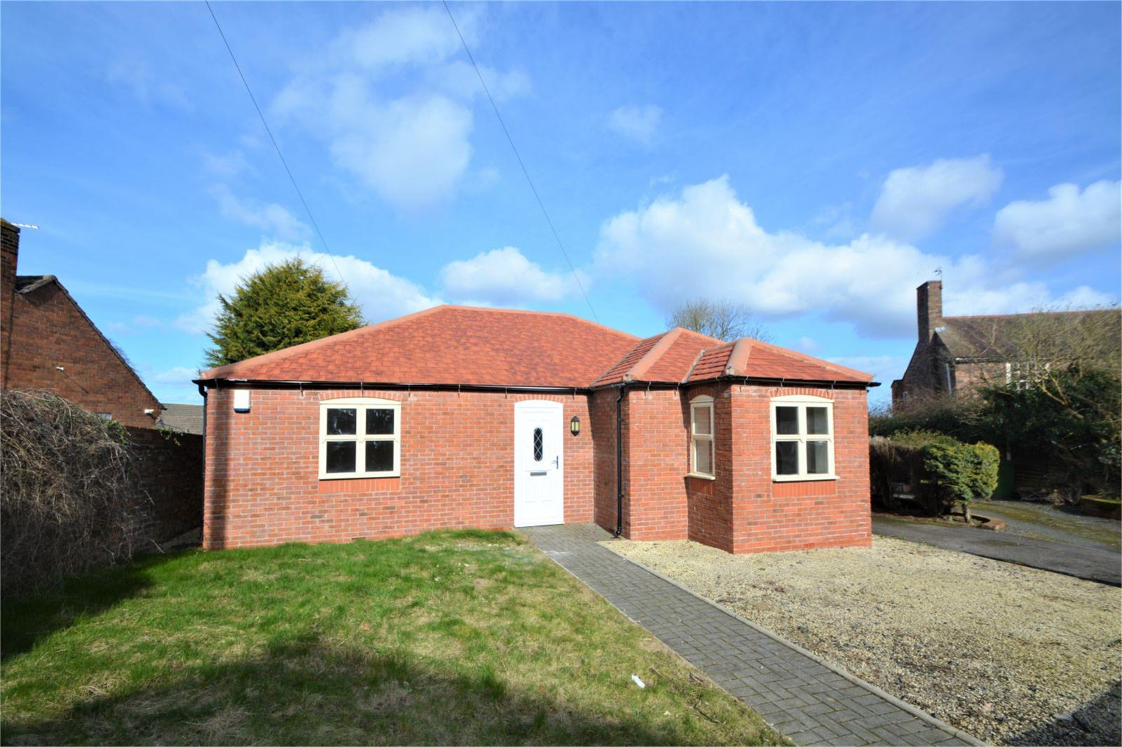 2 Bedrooms Detached Bungalow for sale in Cornerways, High Street, Broseley, Shropshire, TF12