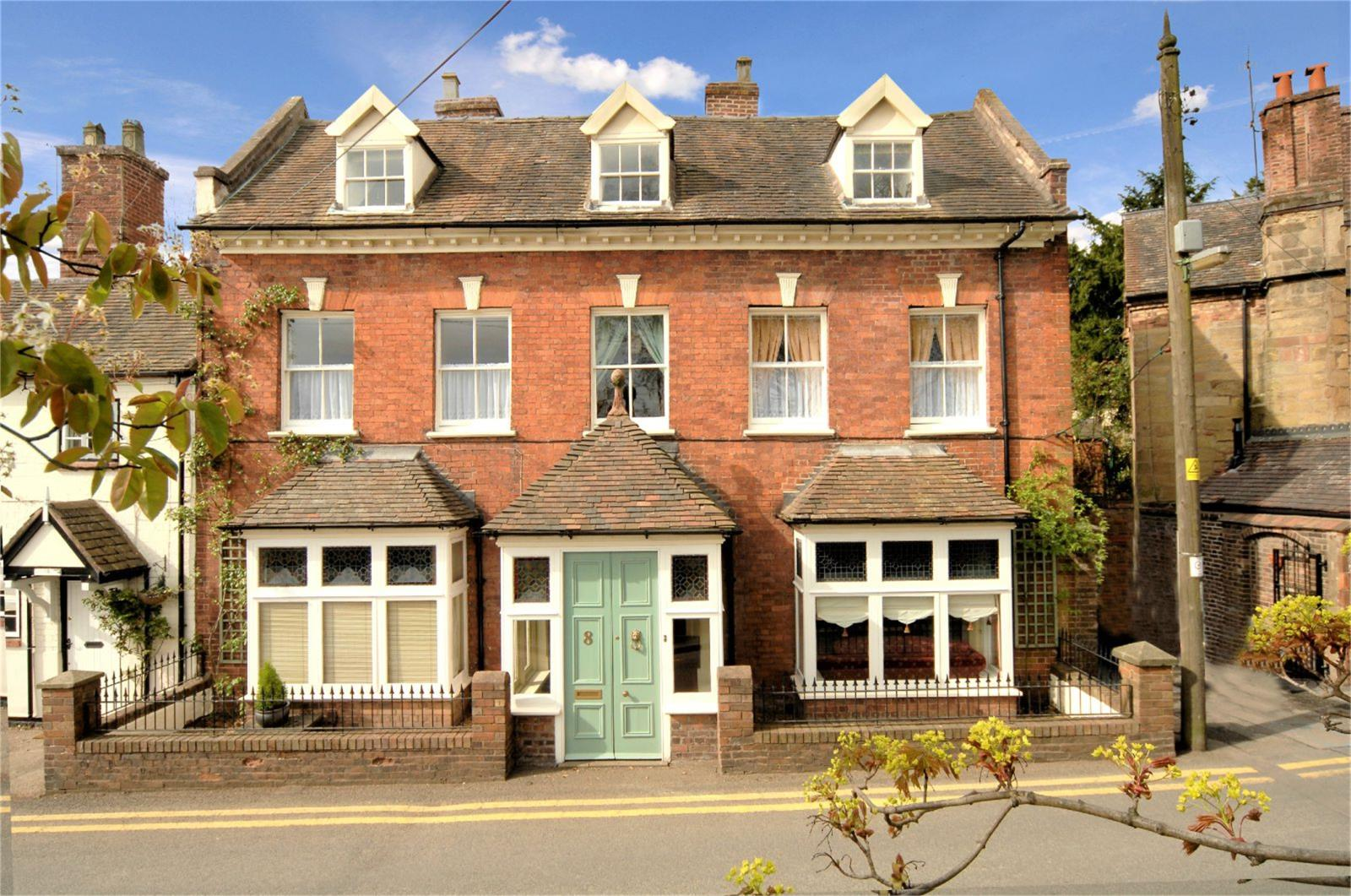 6 Bedrooms Terraced House for sale in East Lynne, 8 Church Street, Madeley, Shropshire, TF7