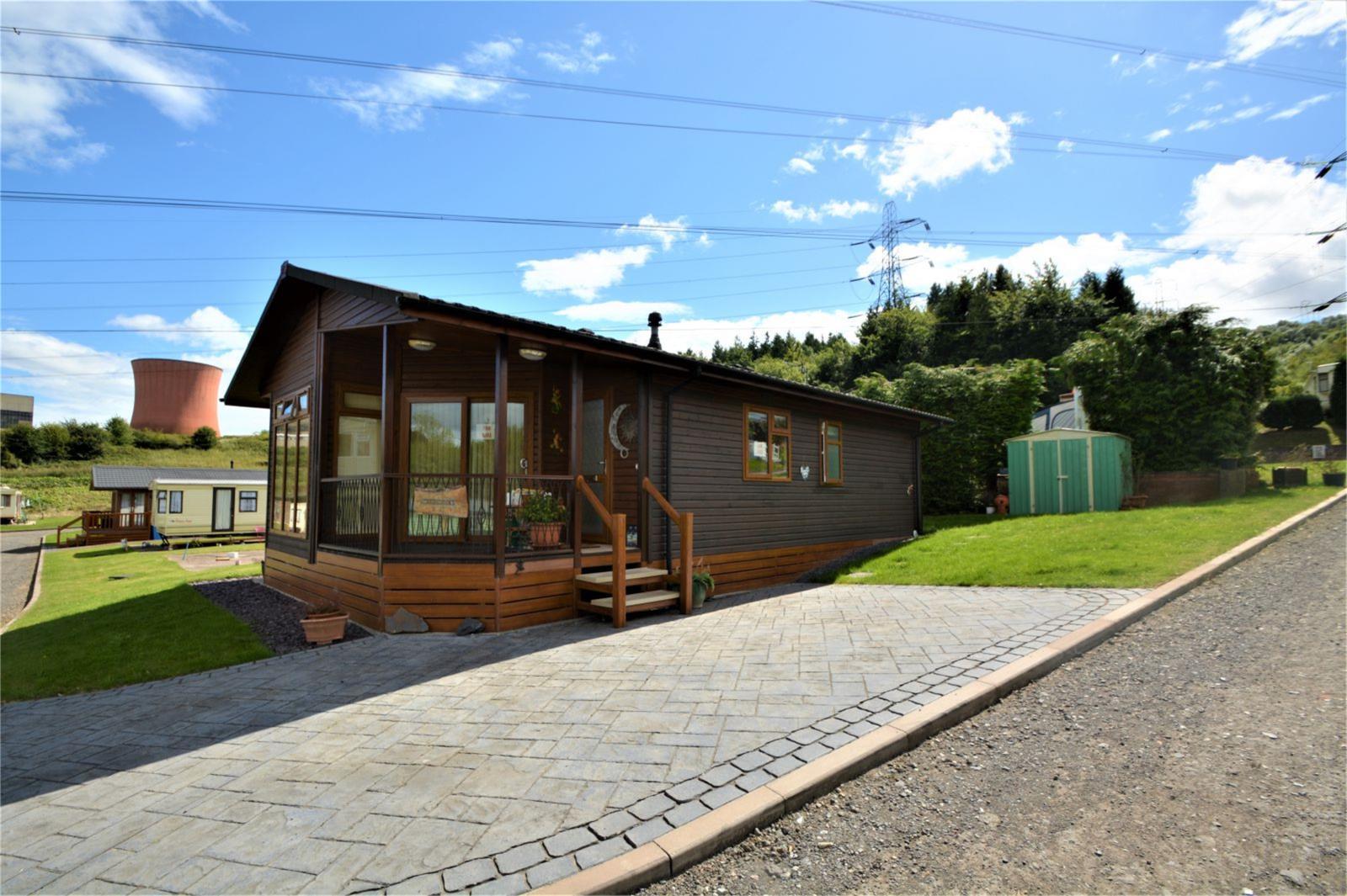 2 Bedrooms Bungalow for sale in Shanti Ghar, Pool View Caravan Park, Buildwas, Shropshire, TF8