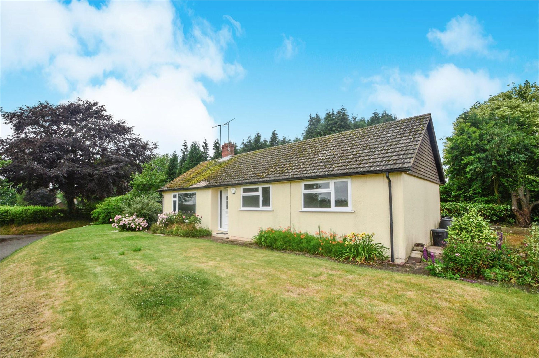 4 Bedrooms Detached Bungalow for sale in Heathfield, Shenstone, Kidderminster, Worcestershire, DY10