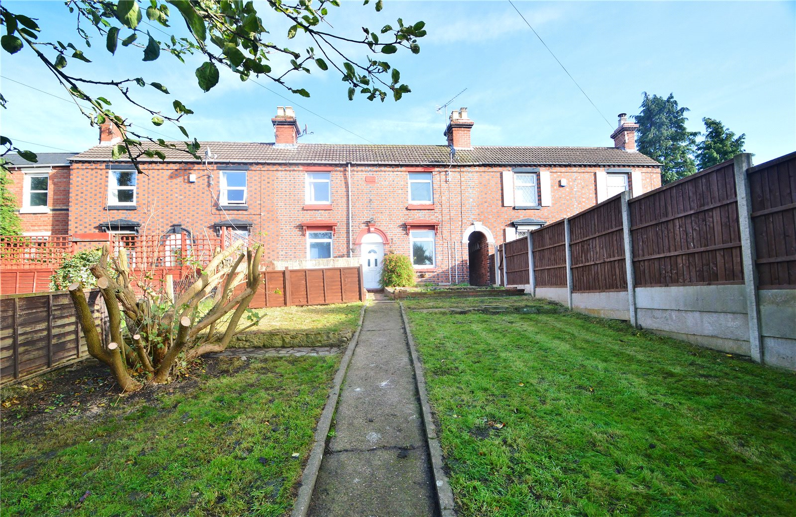 2 Bedrooms Terraced House for sale in 16 Anchorfields, Kidderminster, DY10