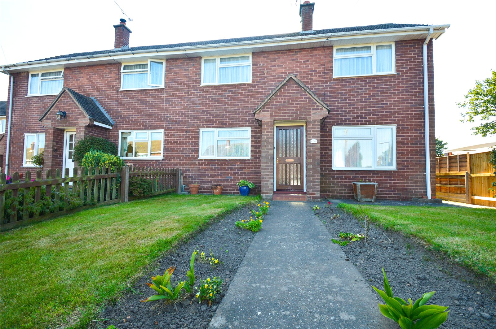 3 Bedrooms Semi Detached House for sale in 3 College Close, Cleobury Mortimer, Kidderminster, Shropshire, DY14