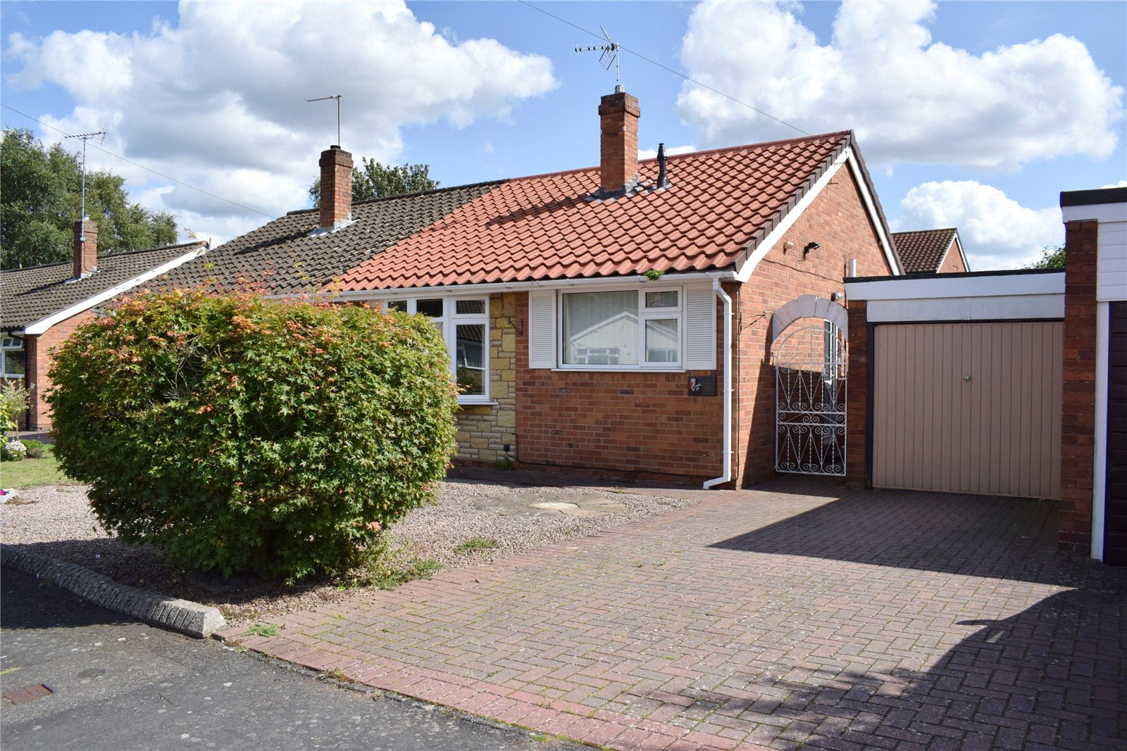 36 Snowdon Close, Franche, Kidderminster, Worcestershire, DY11