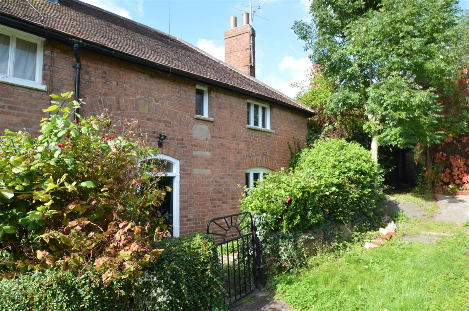 2 Bedrooms Semi Detached House for rent in 2 Friars Walk, Old Street, Ludlow, Shropshire, SY8