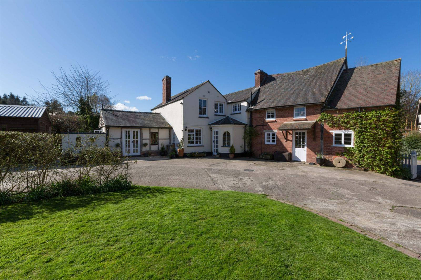 4 Bedrooms Detached House for sale in Ford House, Millbrook Way, Orleton, Ludlow, Herefordshire, SY8