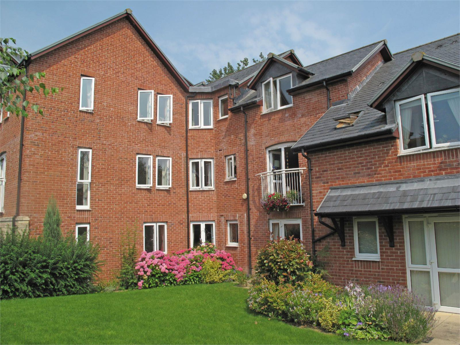 2 Bedrooms Retirement Property for sale in Flat 26, Burgess Court, Gravel Hill, Ludlow, Shropshire, SY8