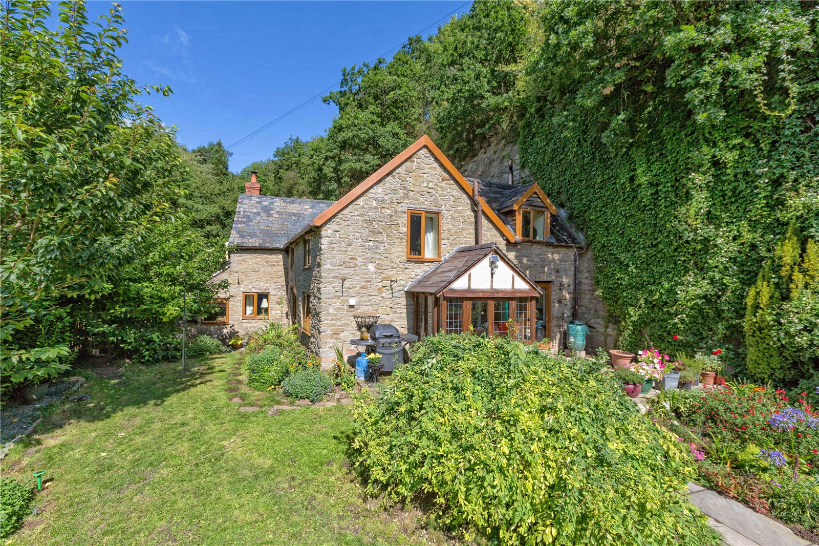 1 Rock Cottage, Bache Mill, Diddlebury, Craven Arms, SY7