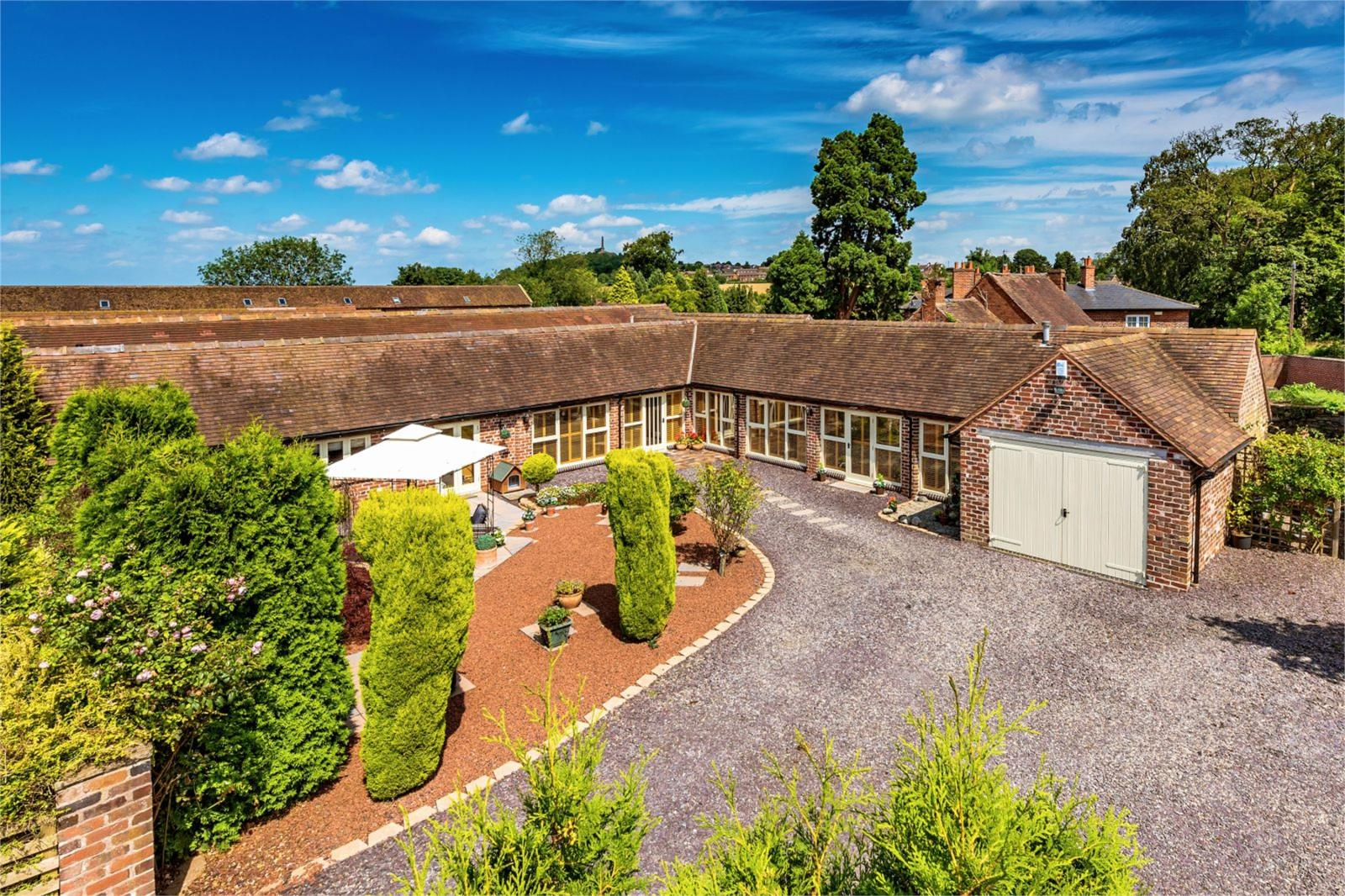 5 Bedrooms Bungalow for sale in The Bullpen, Honnington Grange Farm, Wellington Road, Honnington, Newport, TF10