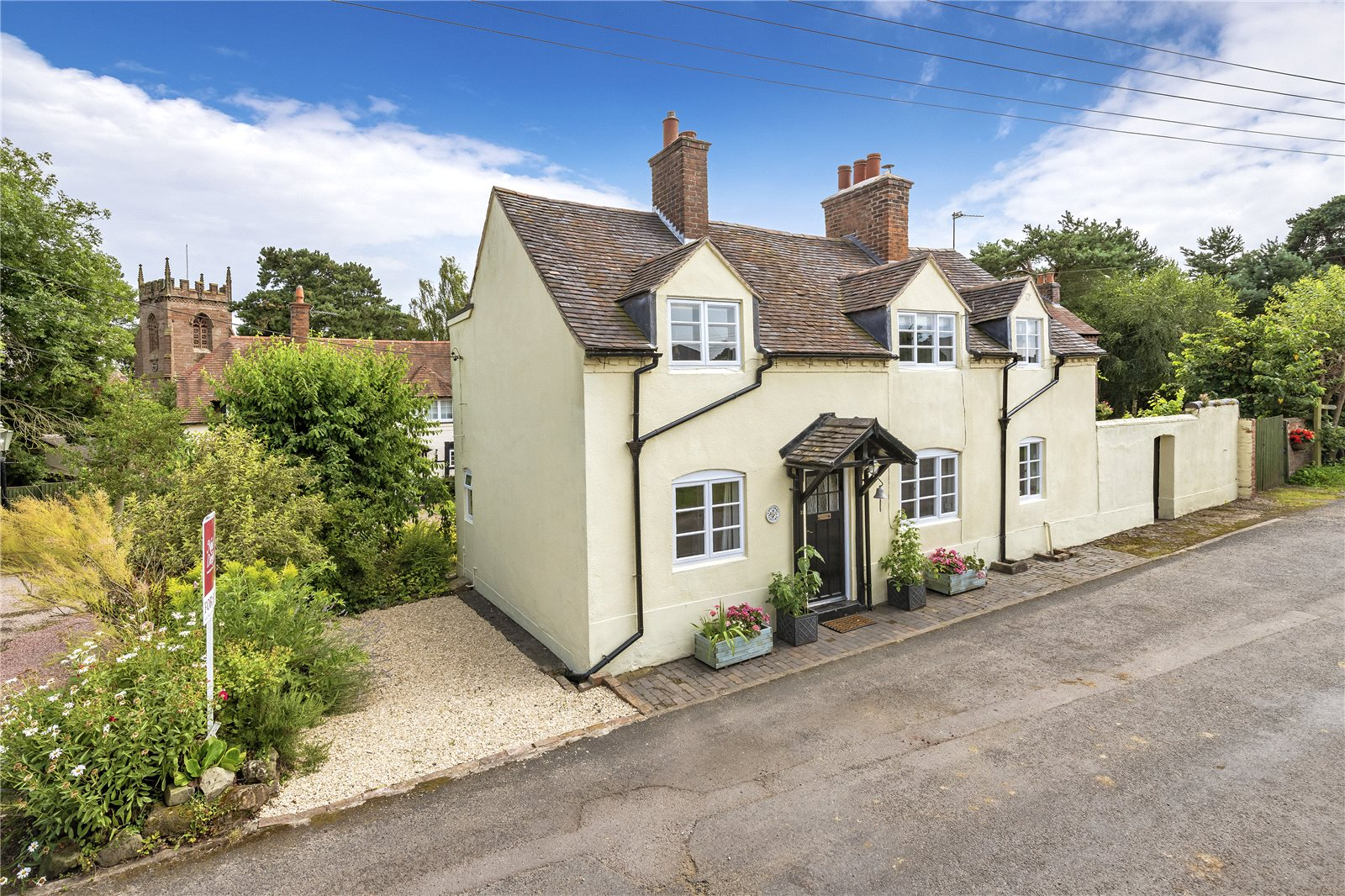 Longcourt Cottage, 11 Pipers Lane, Edgmond, Newport, TF10