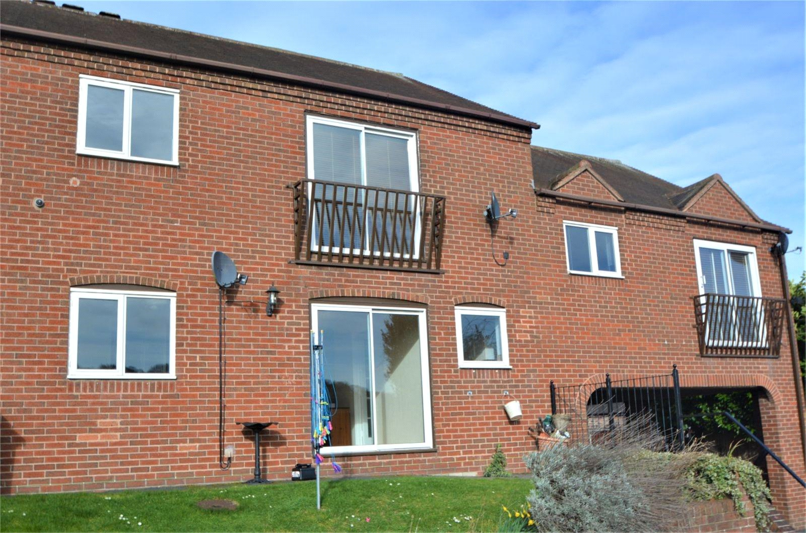 2 Bedrooms Flat Share for rent in 4 Dove Court, Ironbridge, Shropshire, TF8