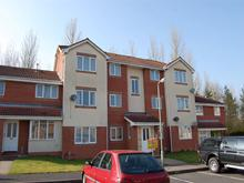 2 Bedrooms Flat for rent in 43 Midland Court, Stanier Drive, Telford, Shropshire, TF7