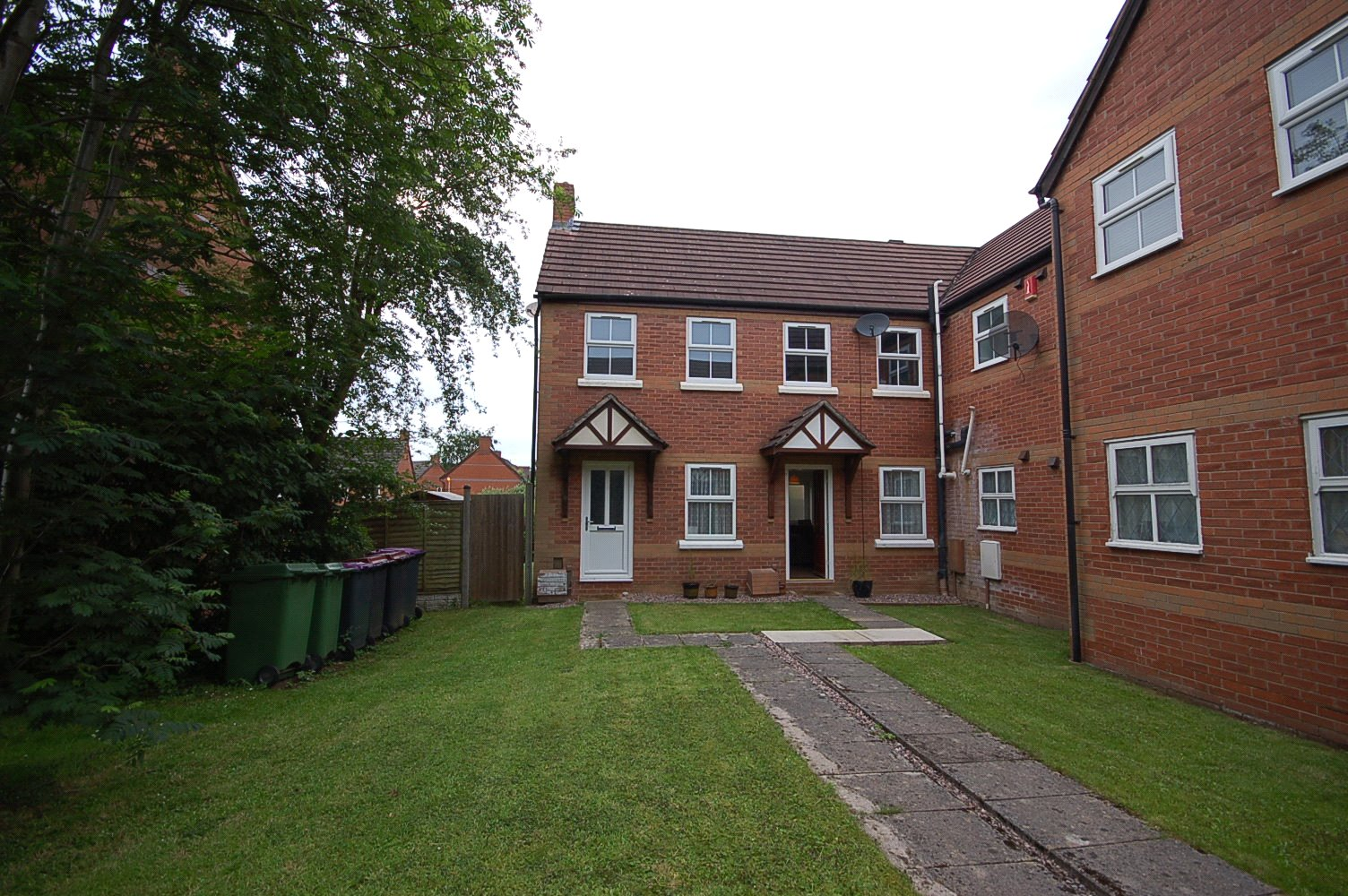 1 Bedroom House for rent in 17 Fosters Foel, Telford, TF4