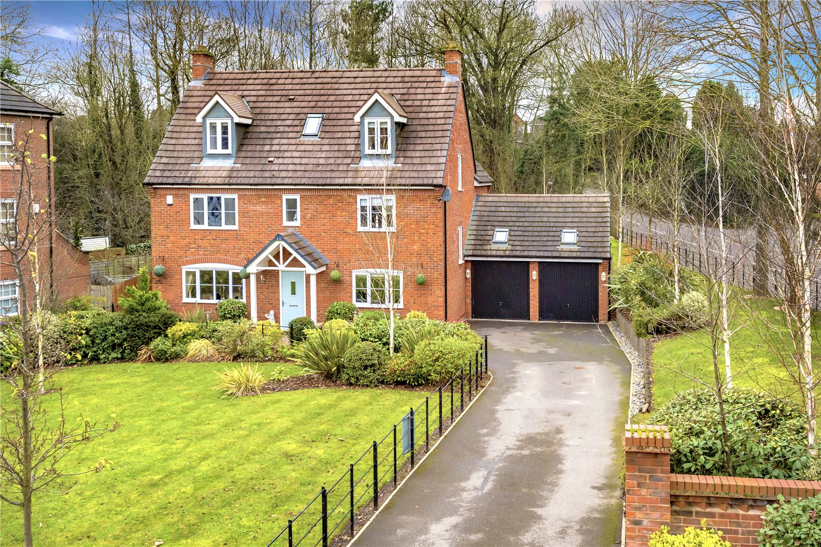5 Bedrooms Detached House for sale in 1 The Dingle, Doseley, Telford, Shropshire, TF4