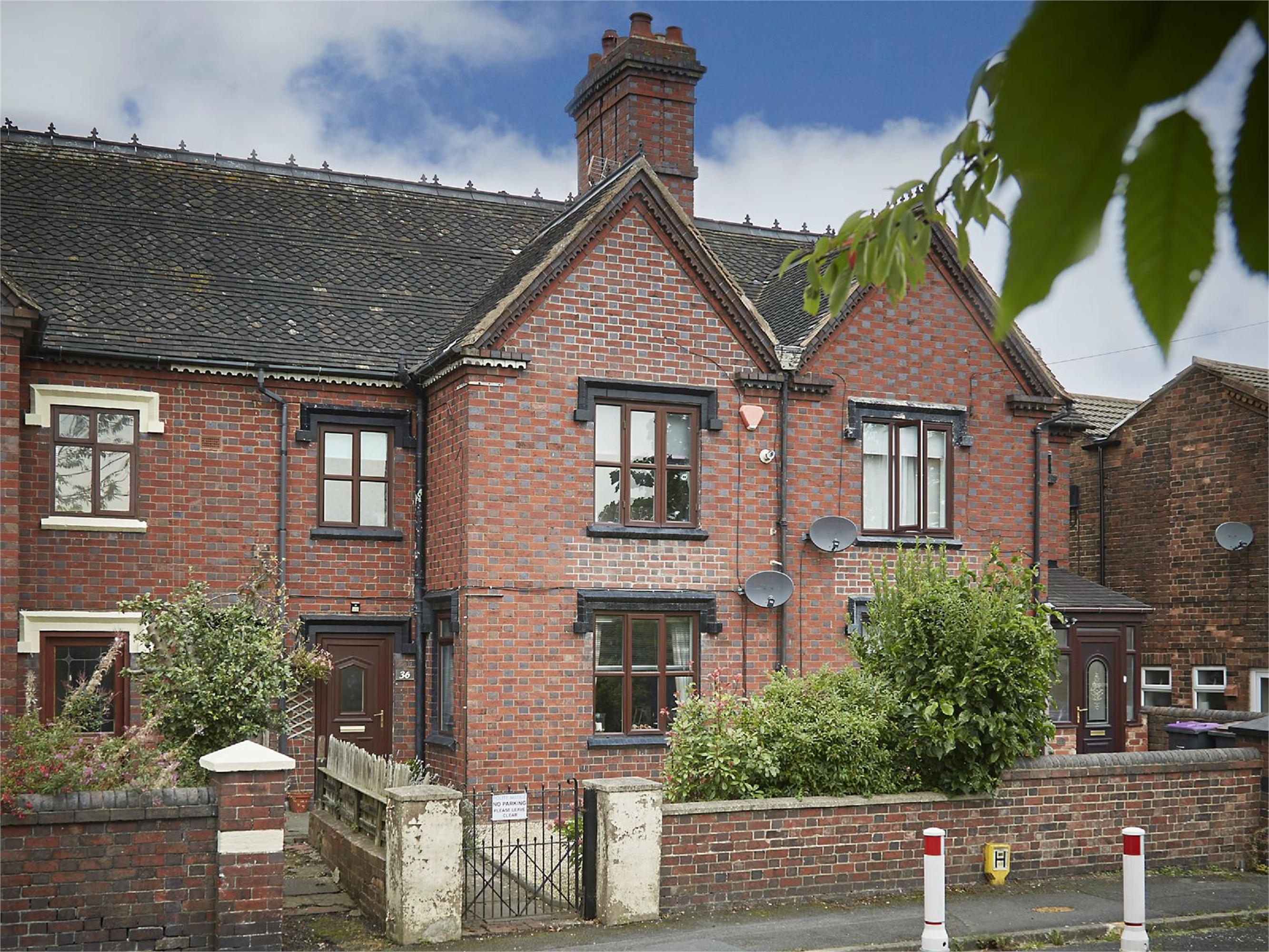 3 Bedrooms Terraced House for sale in 36 Stafford Street, St Georges, Telford, Shropshire, TF2