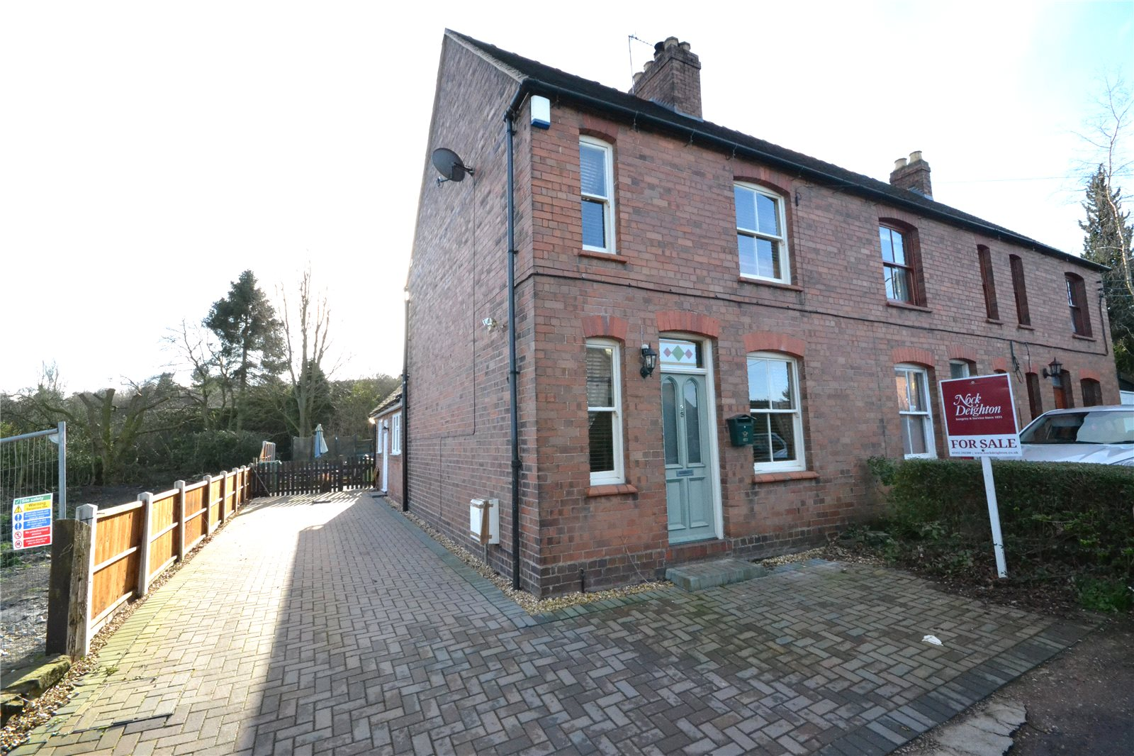 2 Bedrooms Semi Detached House for sale in 36 Quarry Lane, Red Lake, Telford, Shropshire, TF1