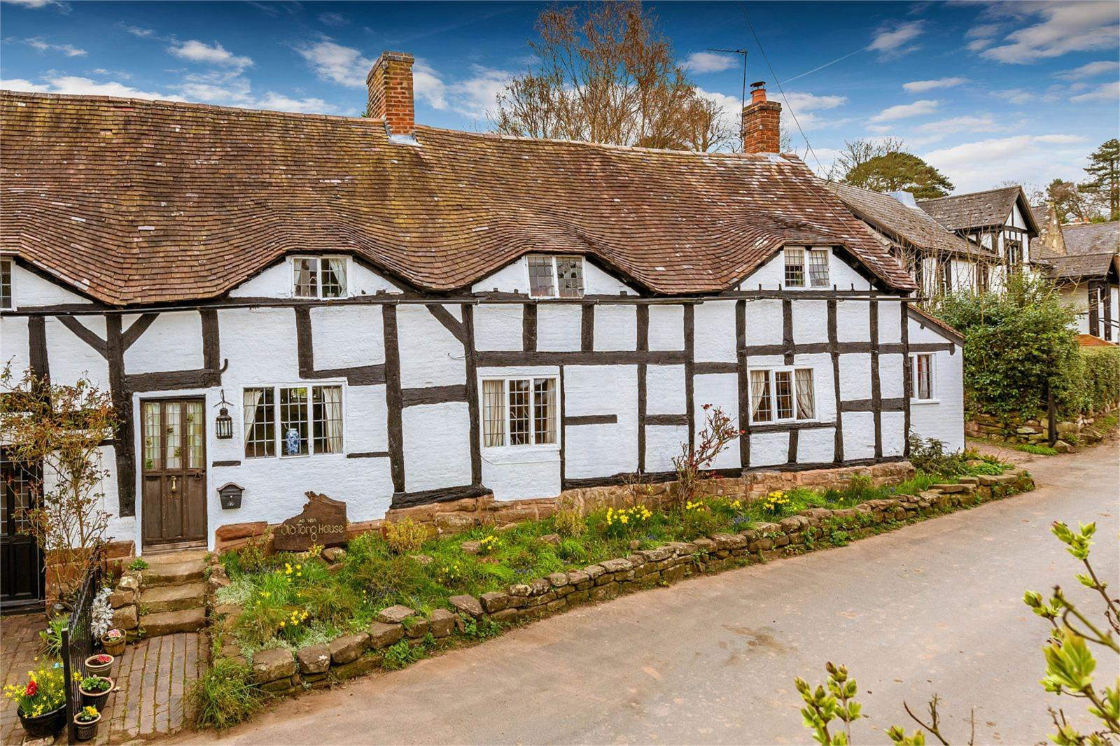3 Bedrooms Semi Detached House for sale in Old Tong House, Tong, Shifnal, Shropshire, TF11