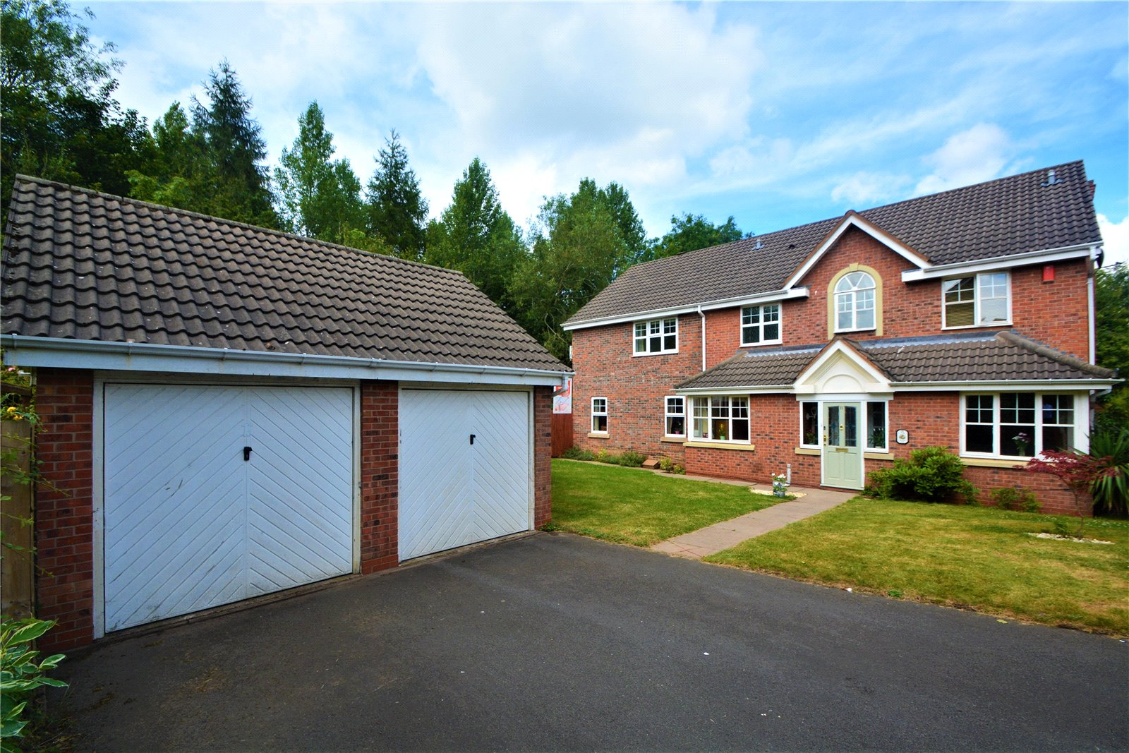 11 Checkley Lane, St. Georges, Telford, TF2