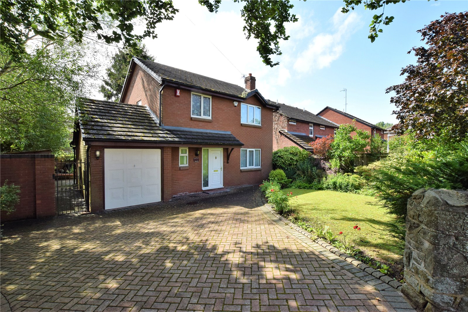 Carford House, Priorslee Road, Snedshill, Telford, TF2