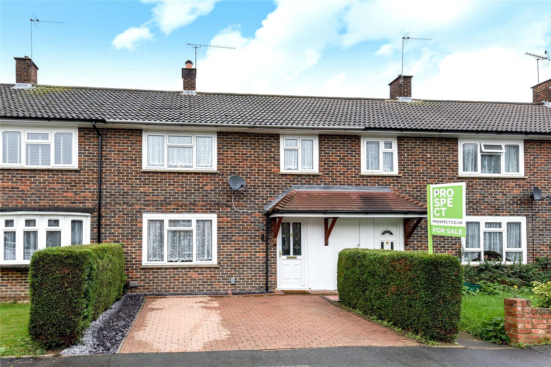3 Bedrooms Terraced House for sale in Pondmoor Road, Bracknell, Berkshire, RG12