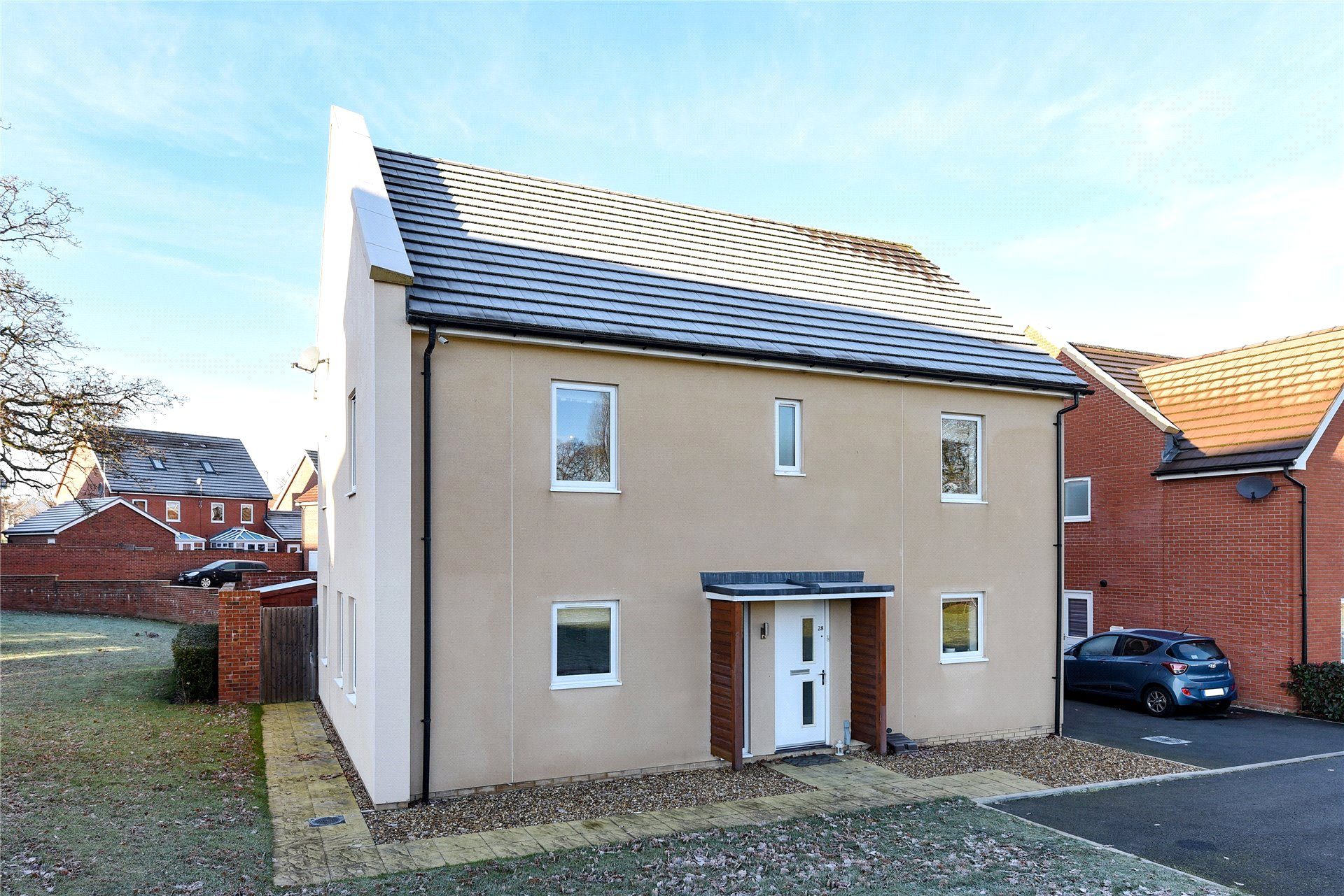 4 Bedrooms Detached House for sale in Mills Chase, Bracknell, Berkshire, RG12