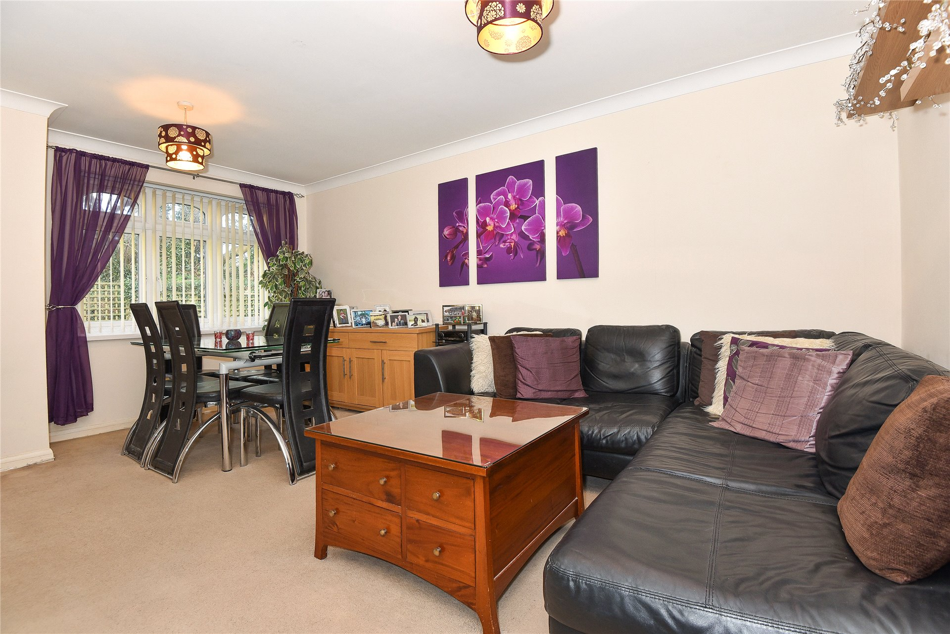2 Bedrooms Apartment Flat for sale in Corfe Place, Maidenhead, Berkshire, SL6