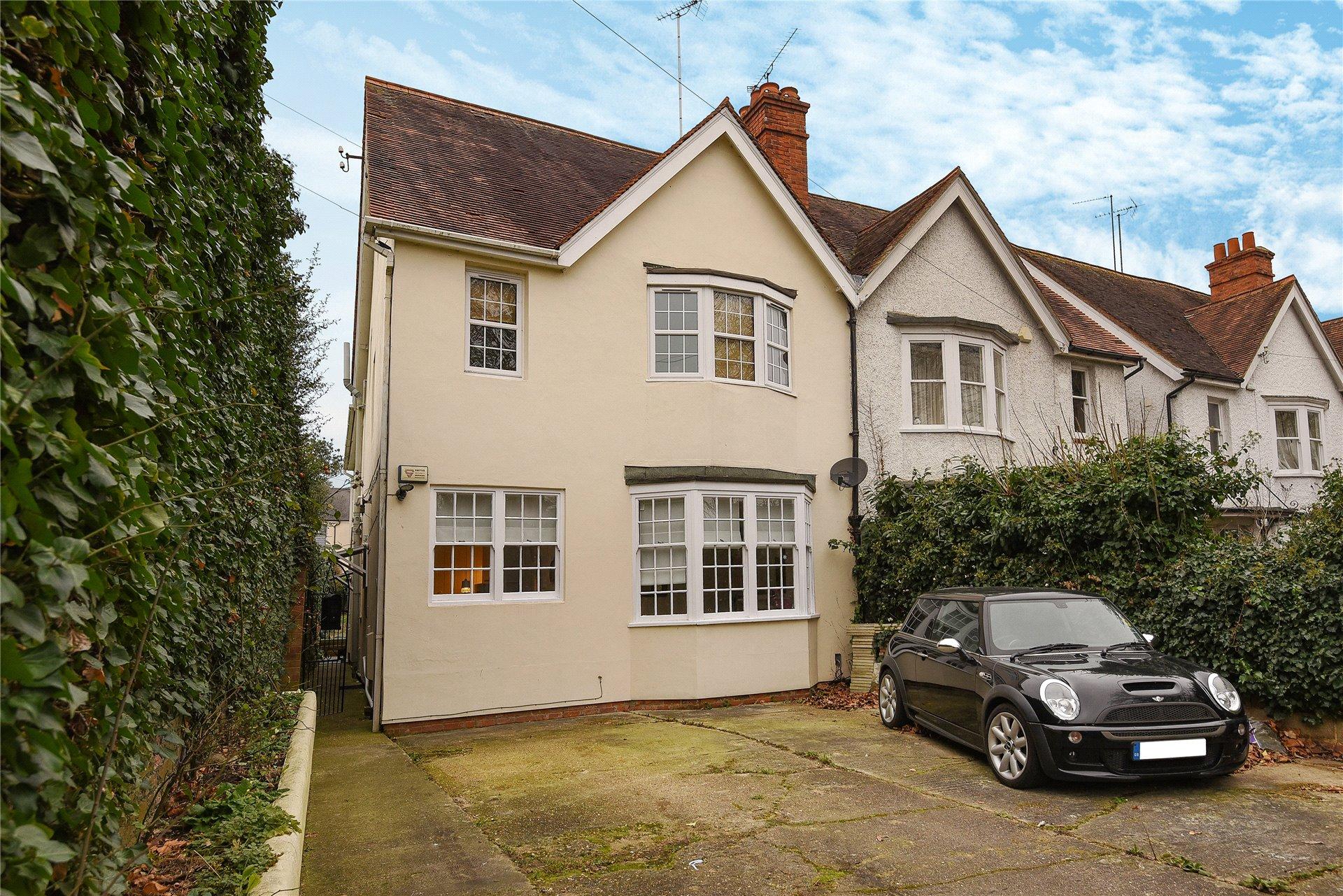 2 Bedrooms Maisonette Flat for sale in Kendrick Road, Reading, Berkshire, RG1