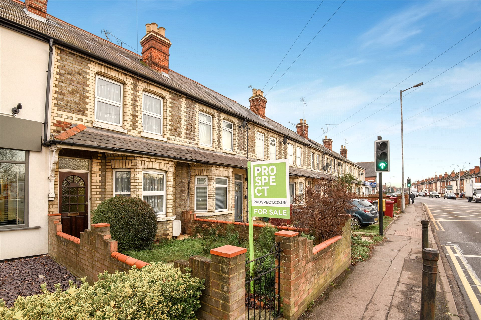 3 Bedrooms Terraced House for sale in Gosbrook Road, Caversham, Reading, Berkshire, RG4