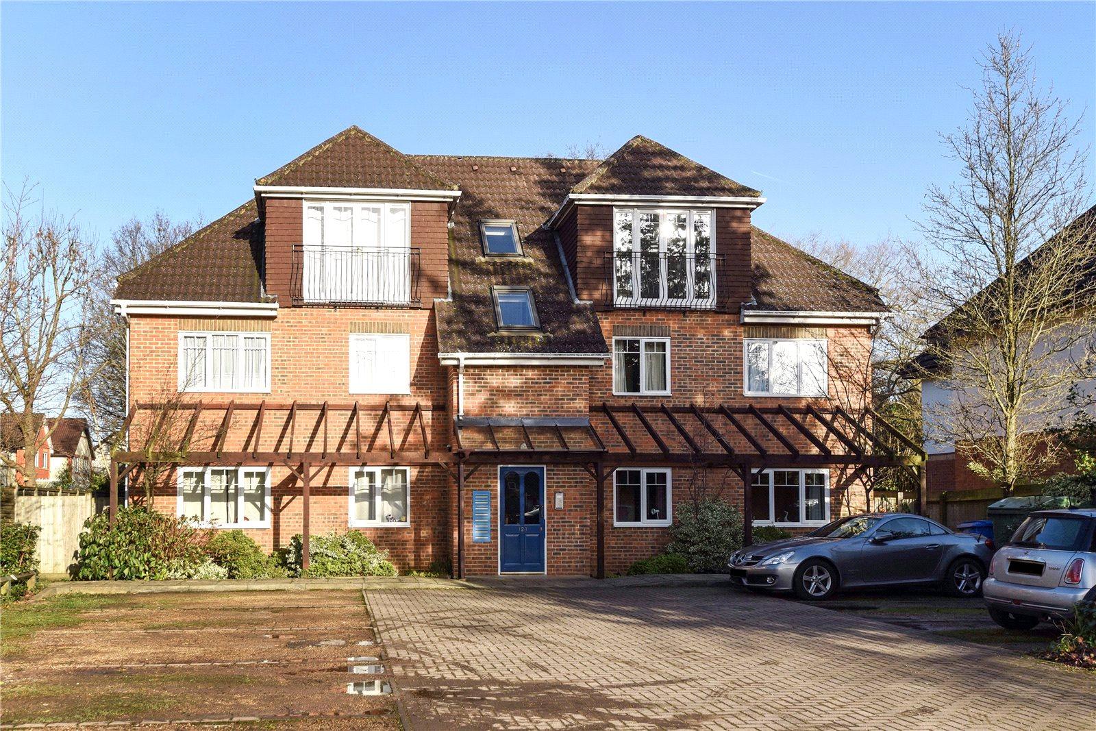 1 Bedroom Apartment Flat for sale in Yorktown Road, Sandhurst, Berkshire, GU47