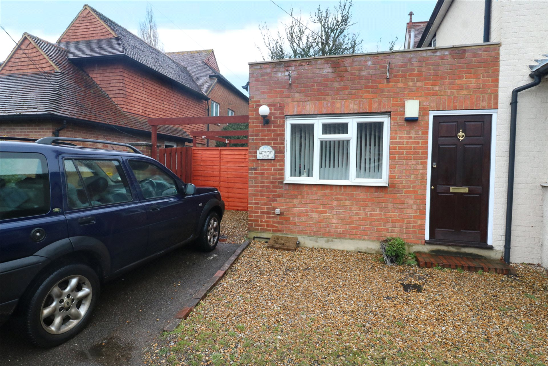 1 Bedroom Semi Detached House for sale in The Street, Eversley, Hook, RG27