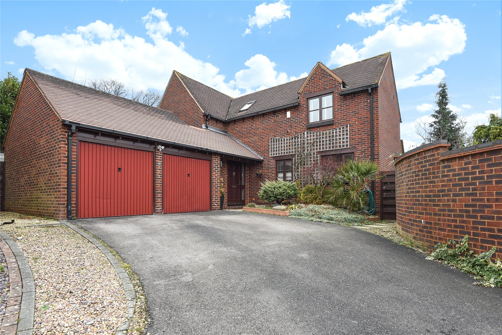 4 Bedrooms Detached House for sale in Top Common, Warfield, Berkshire, RG42
