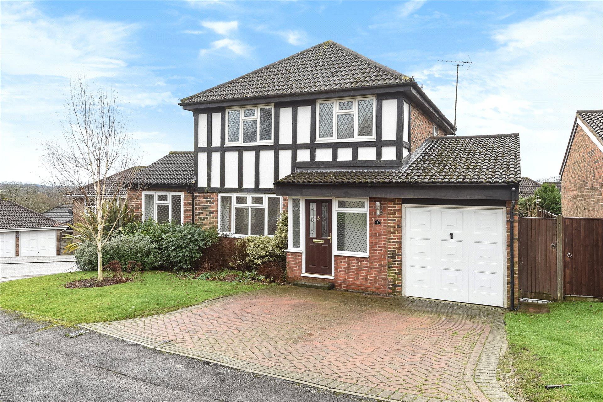 4 Bedrooms Detached House for sale in Melksham Close, Lower Earley, Reading, Berkshire, RG6