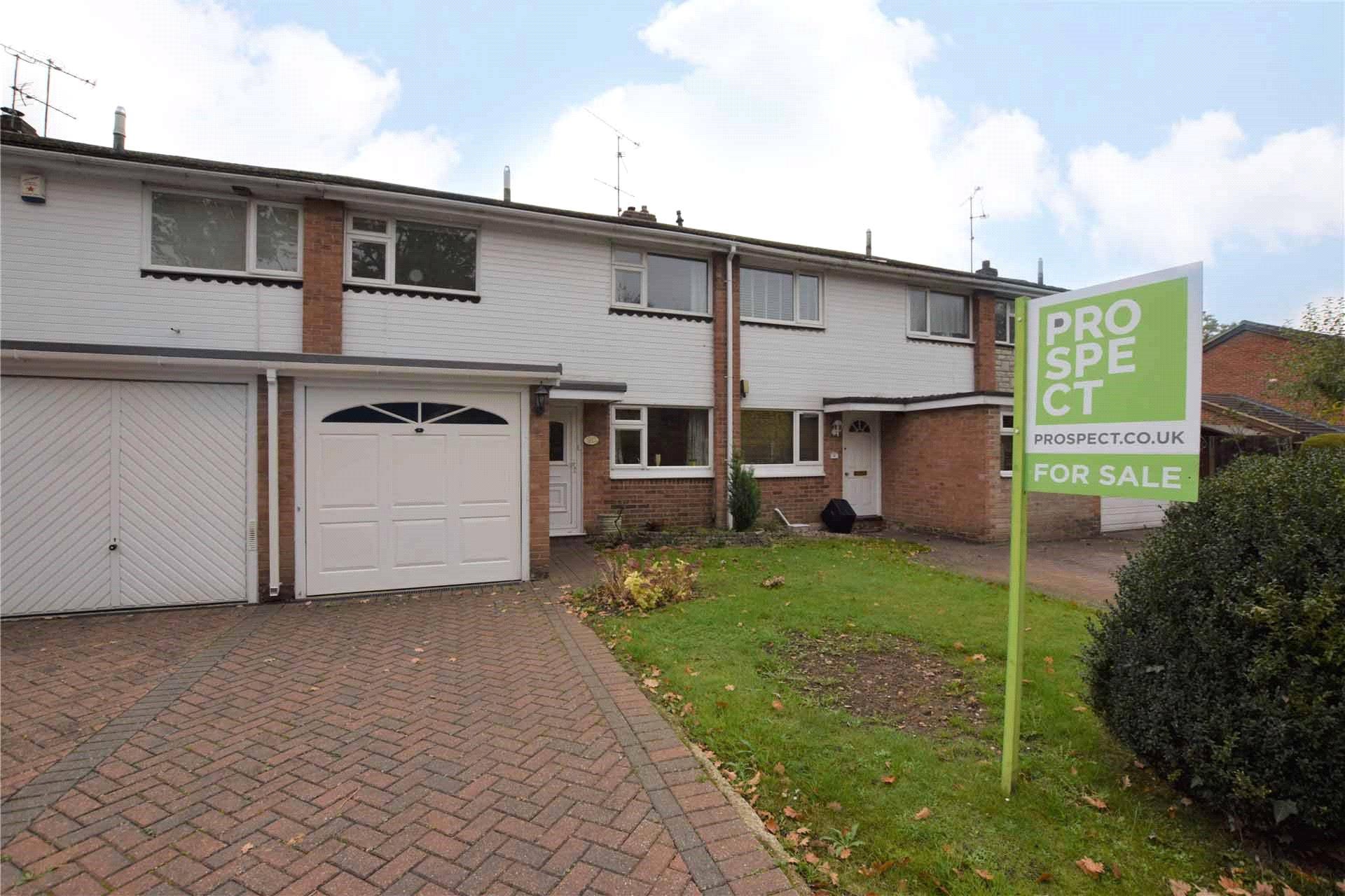 3 Bedrooms Terraced House for sale in Bathurst Road, Winnersh, Wokingham, Berkshire, RG41
