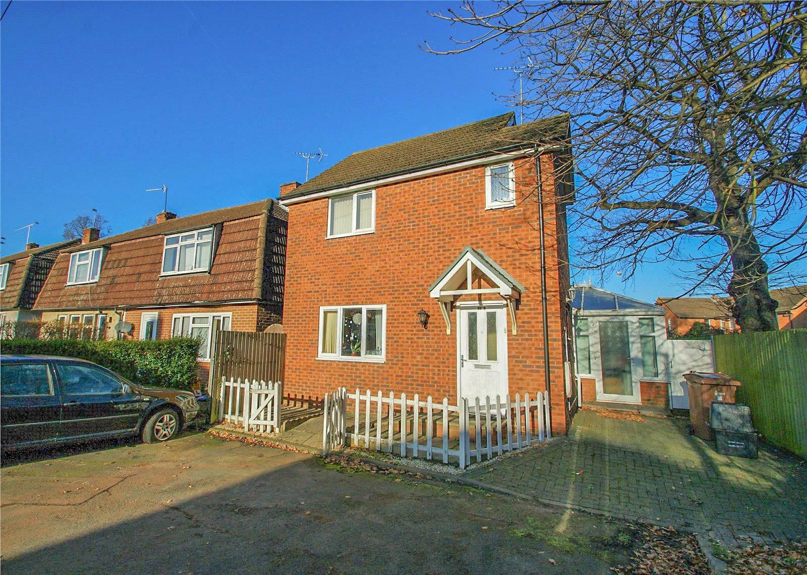 3 Bedrooms Detached House for sale in Norreys Avenue, Wokingham, Berkshire, RG40