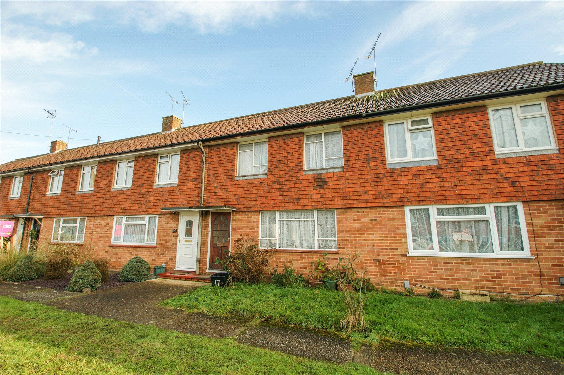 2 Bedrooms Terraced House for sale in Ashridge Road, Wokingham, Berkshire, RG40