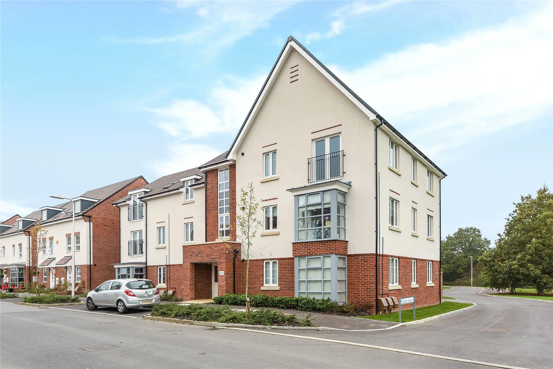 2 Bedrooms Apartment Flat for sale in Whitlock Avenue, Wokingham, Berkshire, RG40