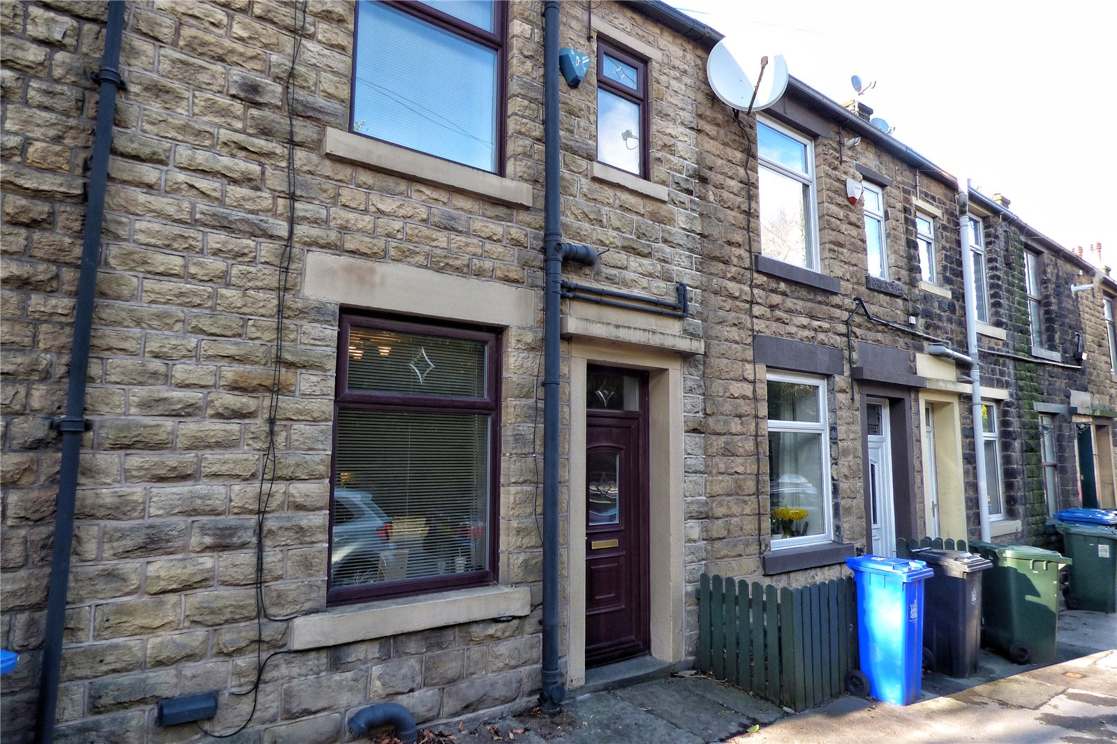 2 Bedrooms Terraced House for sale in Market Street, Whitworth, Rochdale, OL12