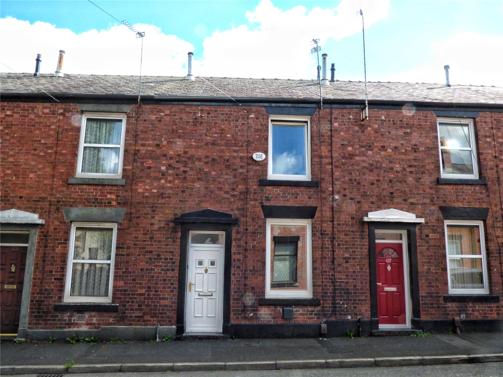 2 Bedrooms Terraced House for sale in Platting Lane, Rochdale, Greater Manchester, OL11