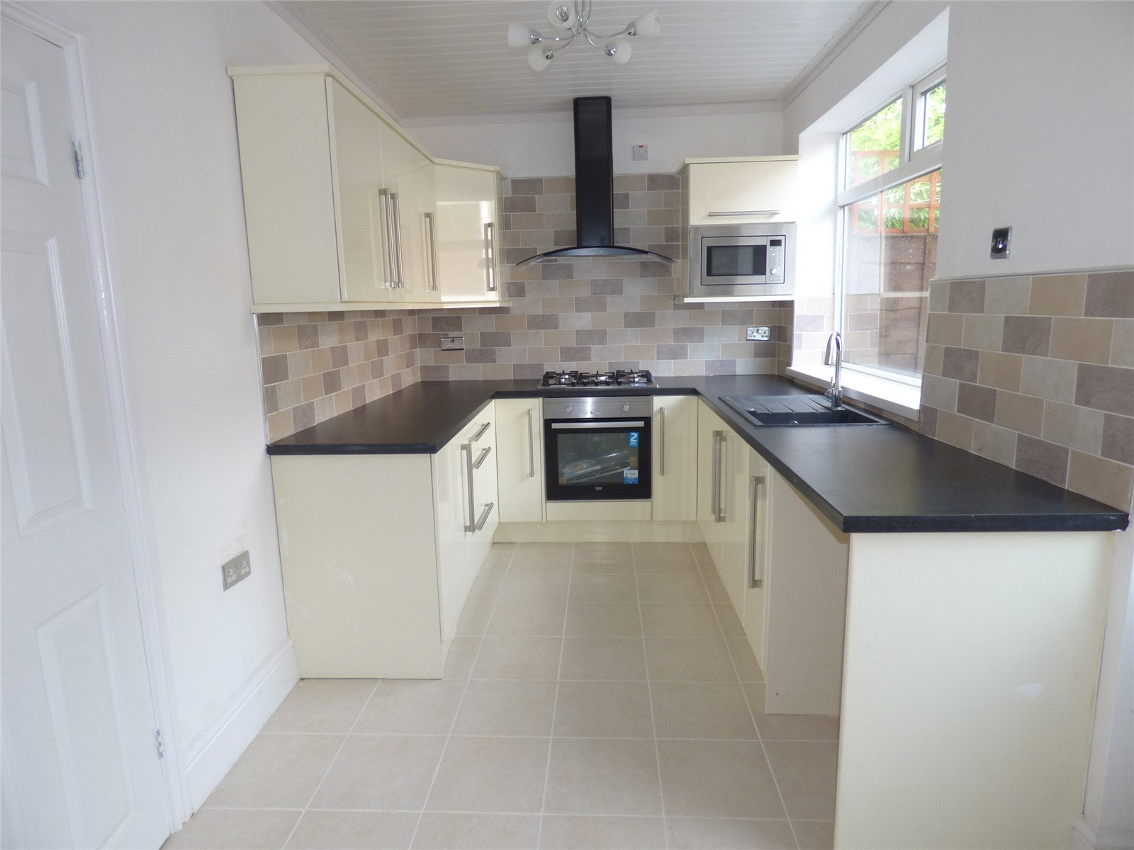 3 Bedrooms Terraced House for sale in New Earth Street, Oldham, Greater Manchester, OL4