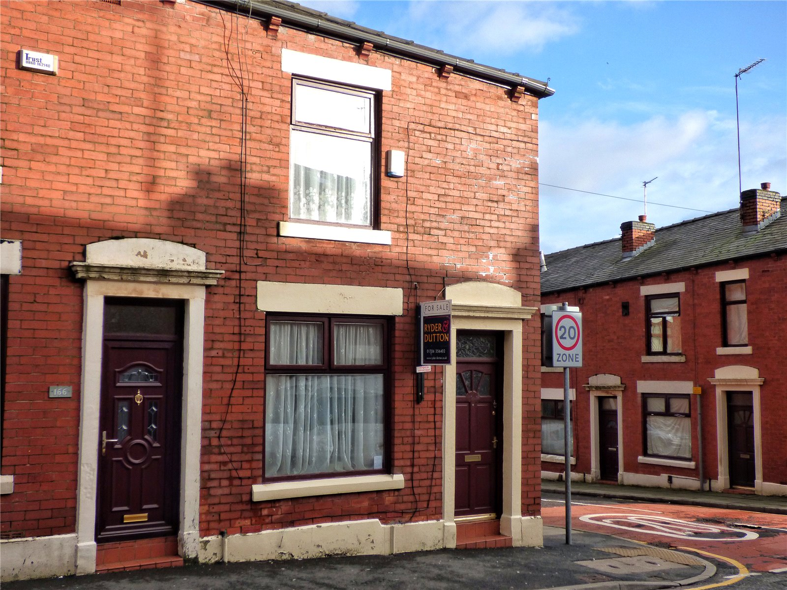 2 Bedrooms End Of Terrace House for sale in Whitehall Street, Rochdale, Greater Manchester, OL12