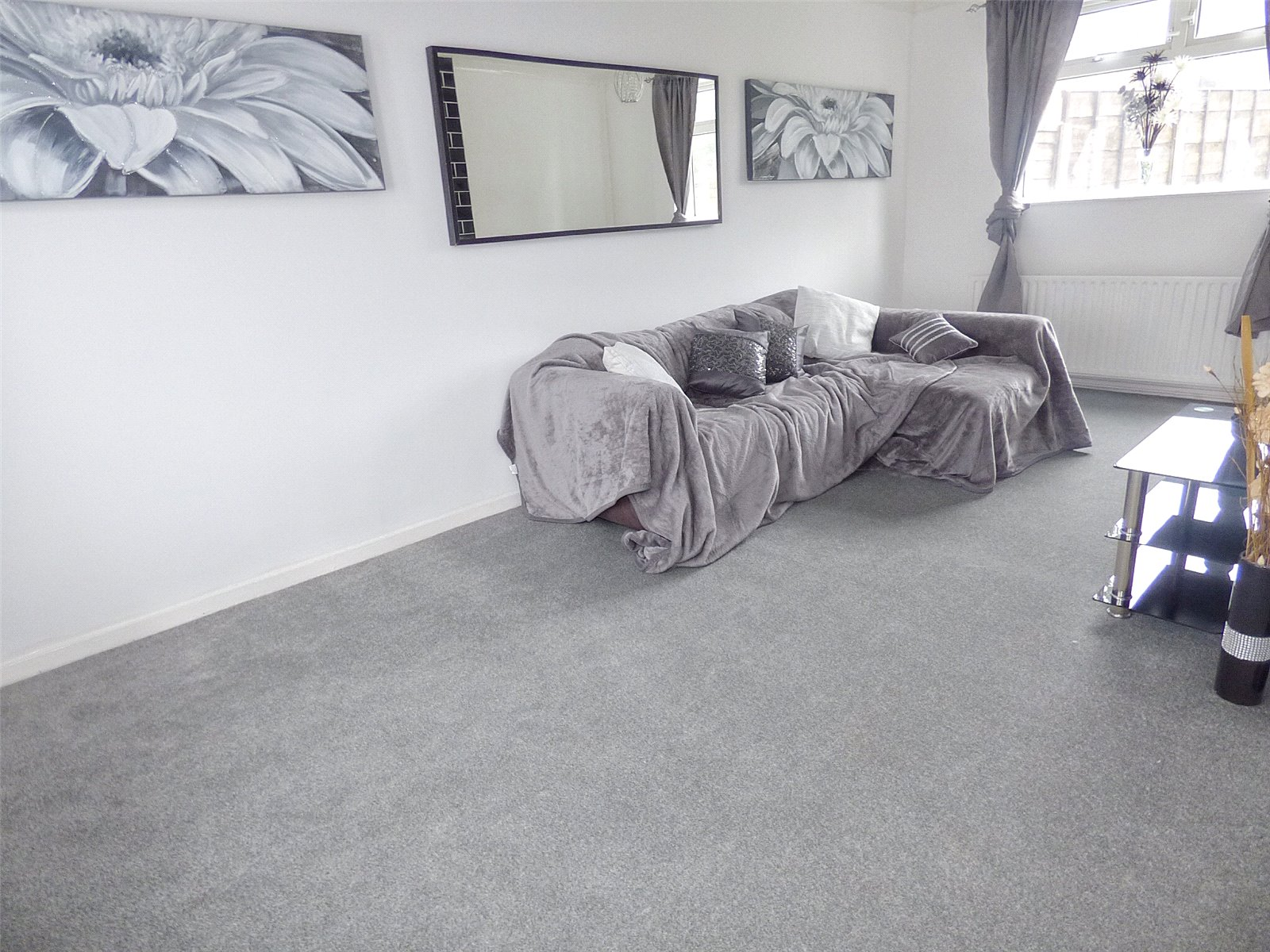 3 Bedrooms Terraced House for sale in Dean Walk, Middleton, Manchester, Greater Manchester, M24