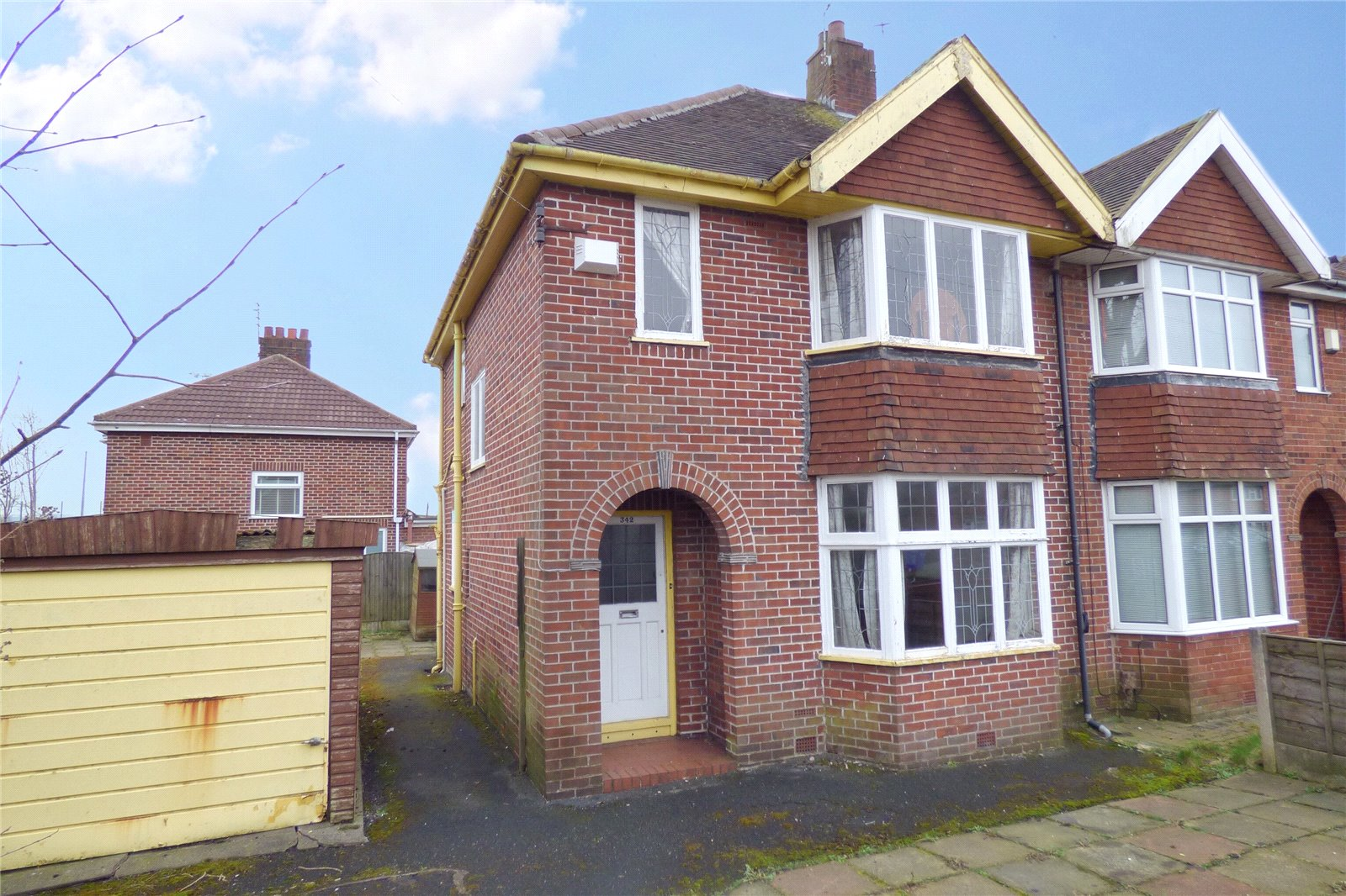 3 Bedrooms Semi Detached House for sale in Lightbowne Road, Moston, Manchester, M40